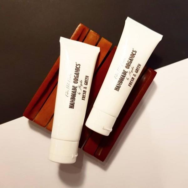 Скраб-гомаж миндальный кремовый очищающий для лица, шеи и декольте НОВАЯ ФОРМУЛА